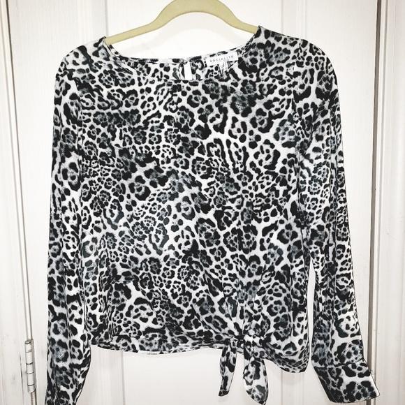 Socialite Tops - NWT Socialite leopard print tie front blouse, SM